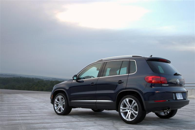 essai routier volkswagen tiguan 2013 un petit plaisir de vus vusmag. Black Bedroom Furniture Sets. Home Design Ideas