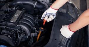 Cinq fluides à surveiller sur votre voiture