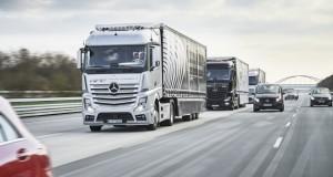 De l'Allemagne aux Pays-Bas en convoi autonome Mercedes