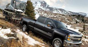Le Chevrolet Silverado HD affiche 910 livres-pied de couple