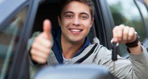 CONSEILS: Les points importants au moment d'acheter son premier véhicule